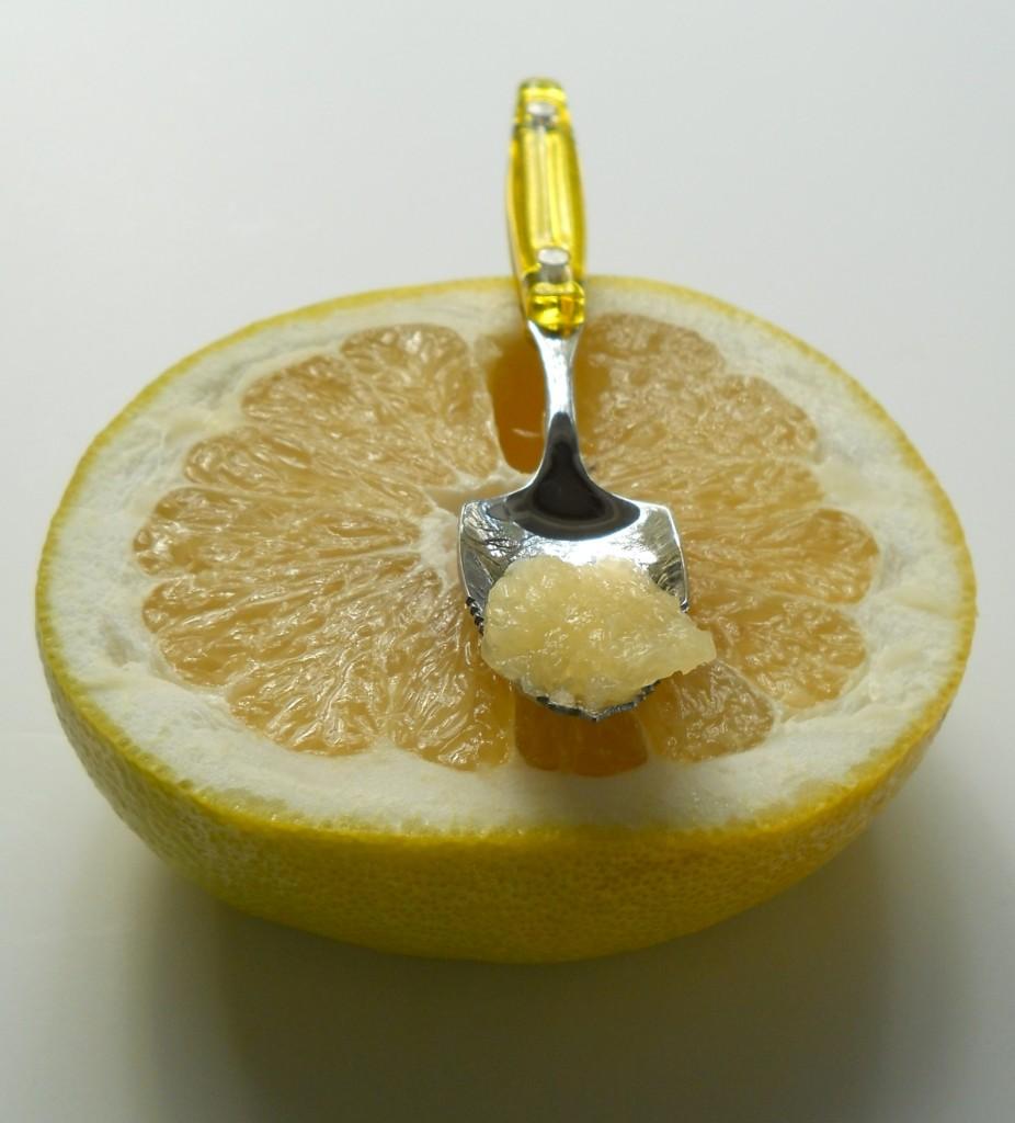 Tomar medio pomelo antes de cada comida es saludable