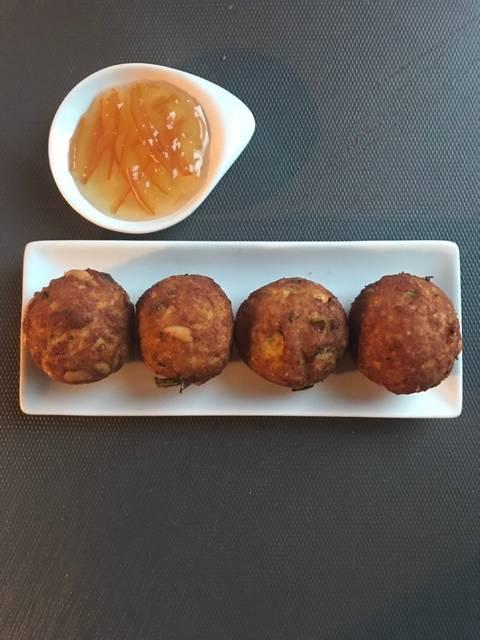bolitas de pollo con mermelada de naranja amarga